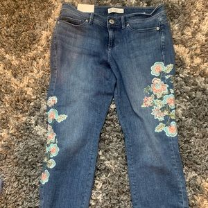 NWT flora embroidered jeans size 4